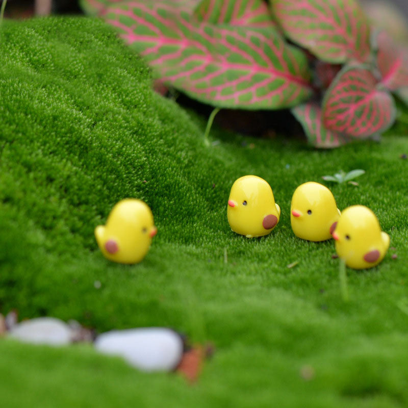 5pcs/lot Miniature Fairy Figurines Cute Mini Chick Garden Miniatures Artificial Micro Landscape Resinas Manualidades  5pcs-lot-miniature-fairy-figurines-cute-mini-chick