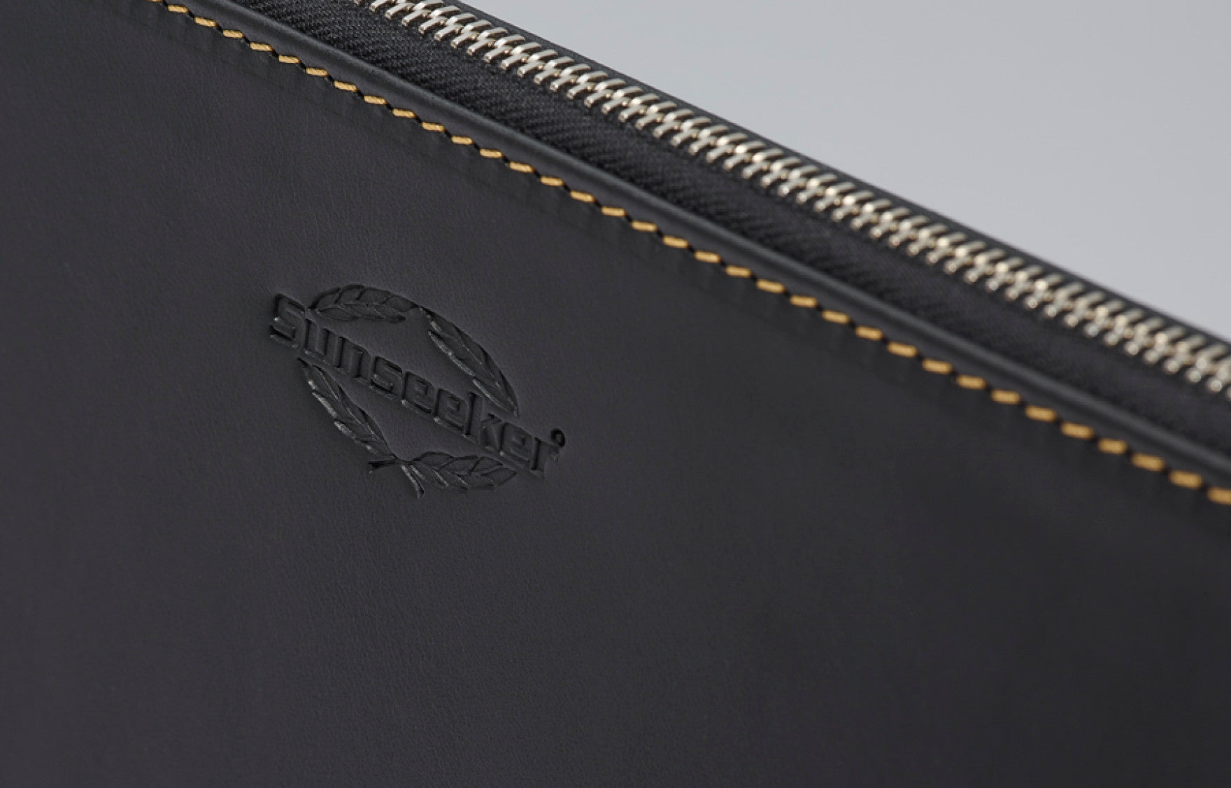 Predator Document / Laptop Case