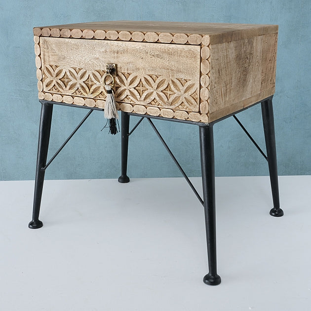Estorya Mango Wood Side Table