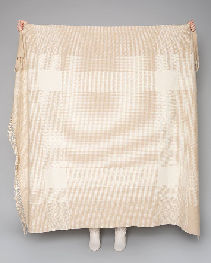 The Aoife Throw