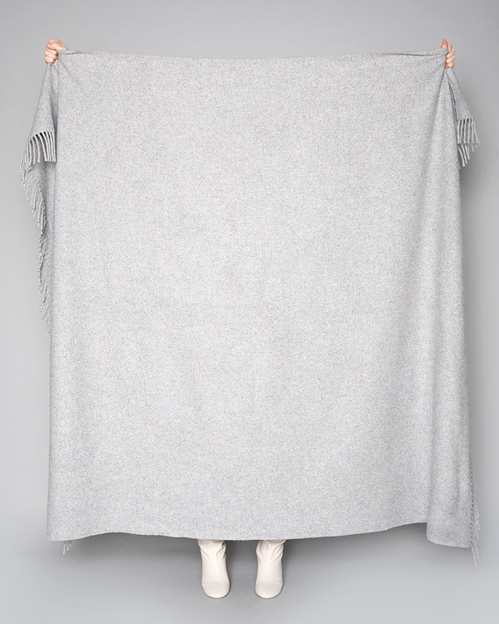 Pearl Grey Solid XL Throw