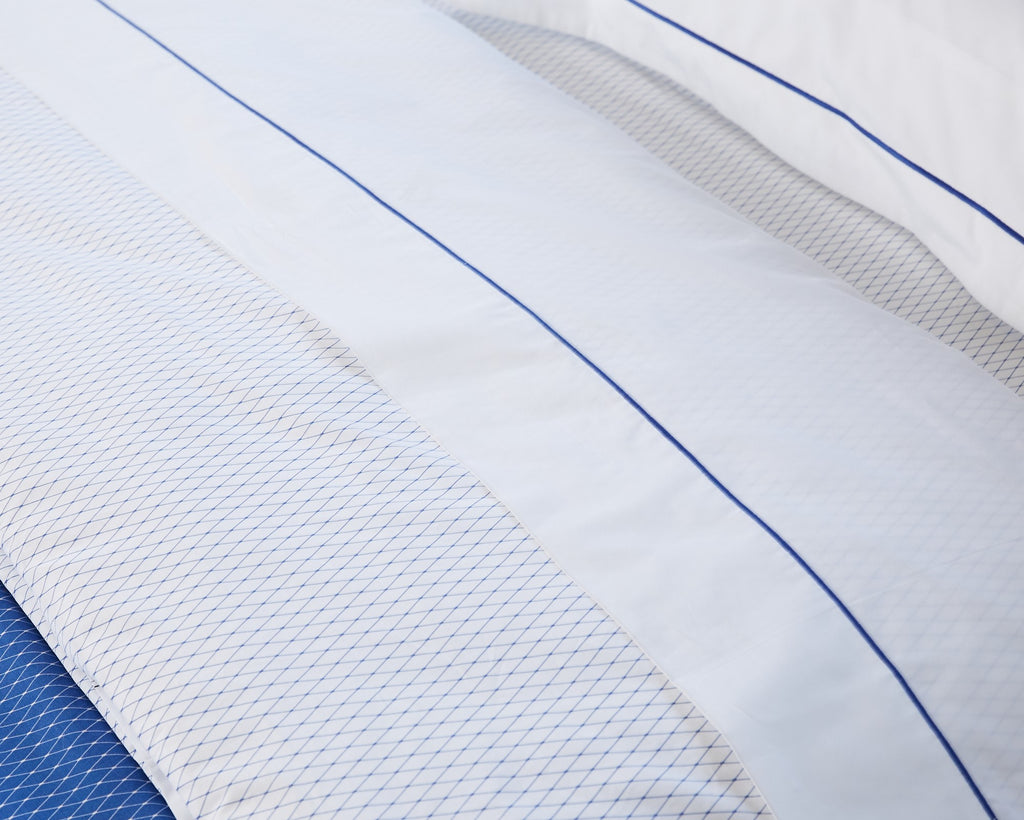 White Flat Sheet with Blue Rolenio