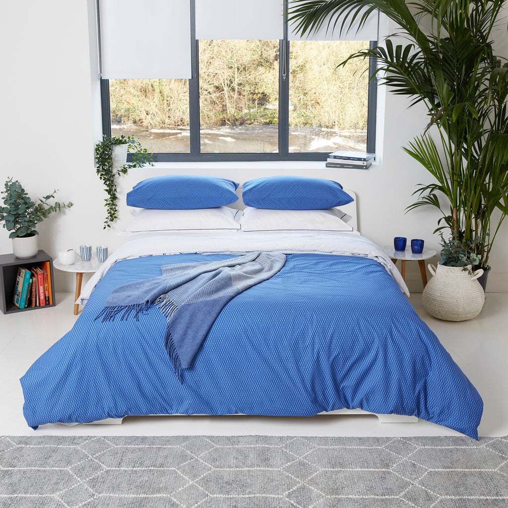 Blue Rolenio and White Oxford Pillowcase - Single