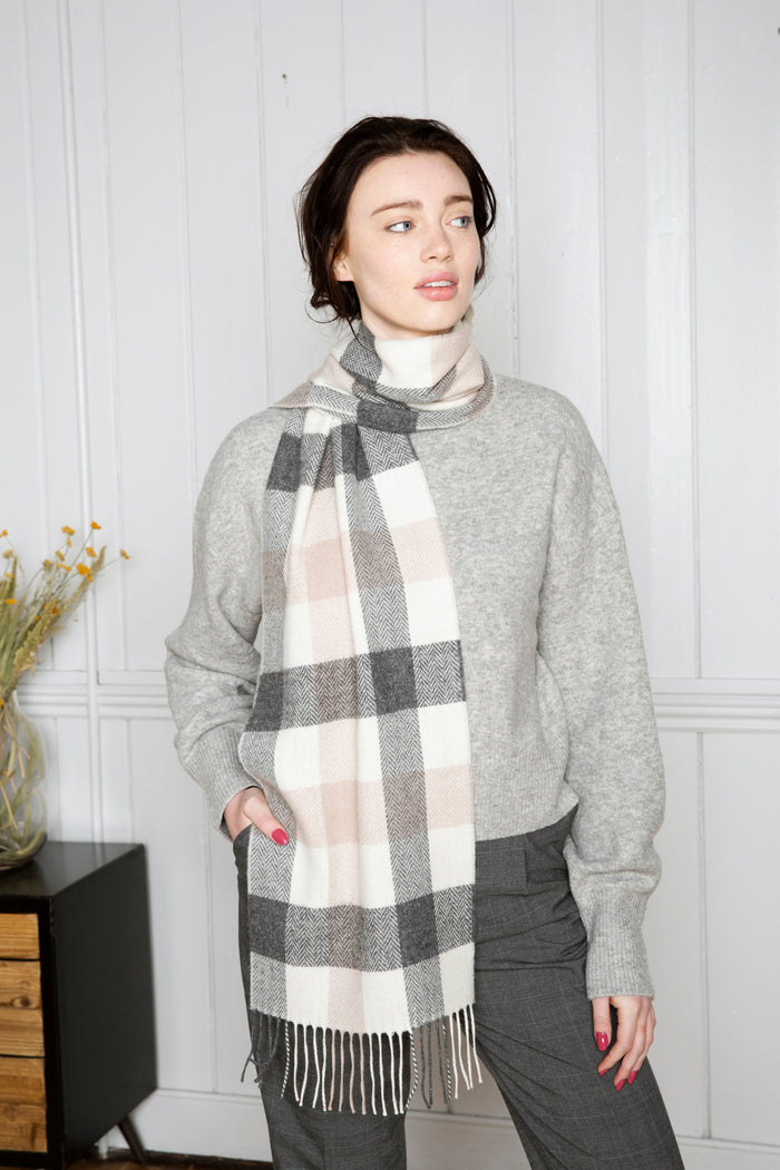 Neutral Block Check Scarf