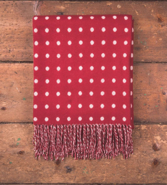 Red & White Spot Throw
