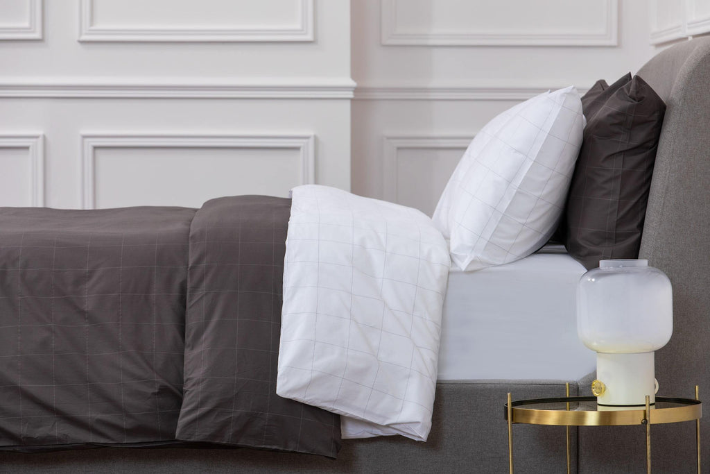 Long Island Grey & White Bed Linen Set