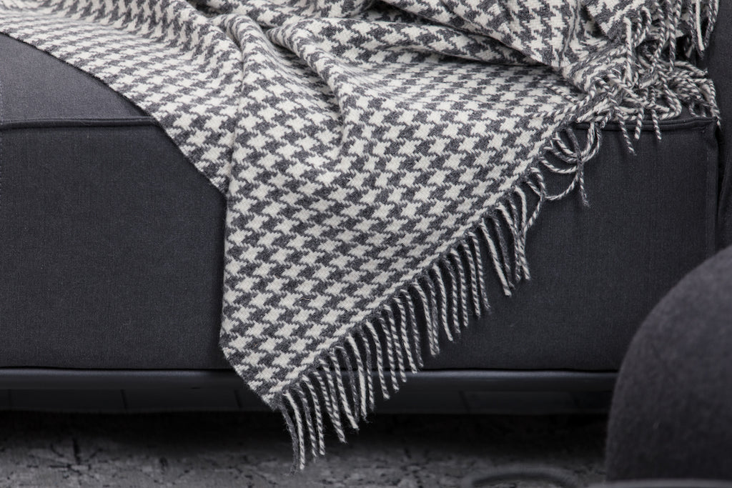 Oxford  Houndstooth Throw