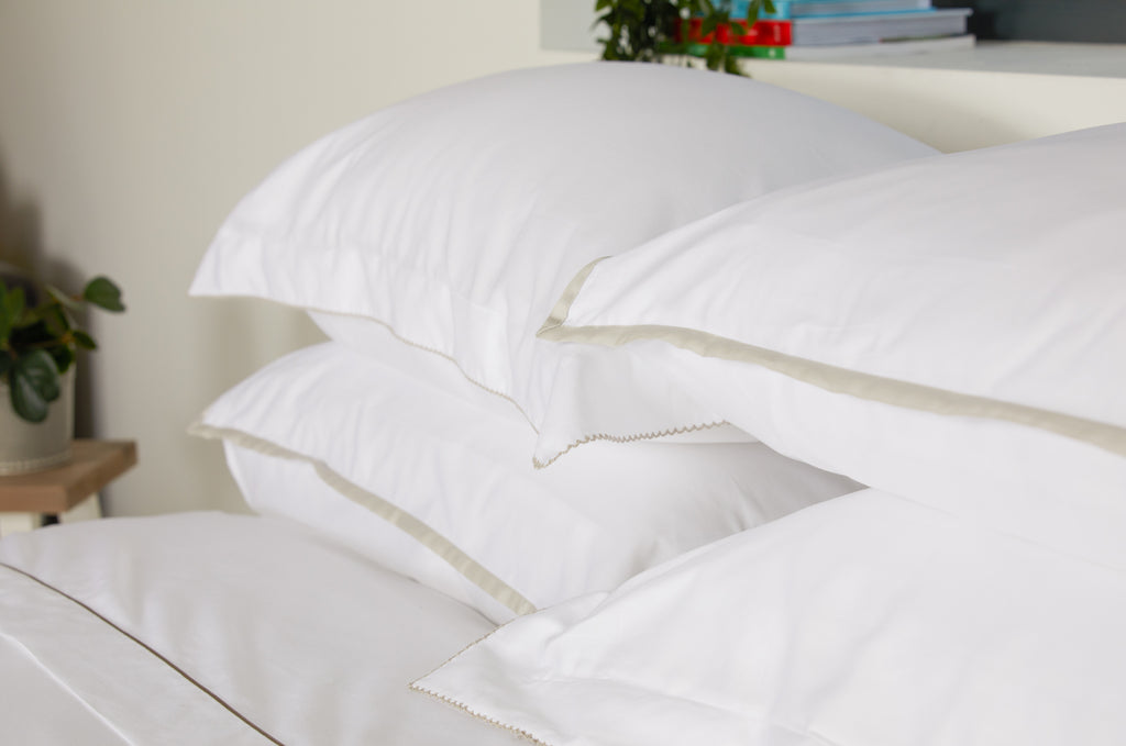 Sateen Border White/Nacre Duvet Set
