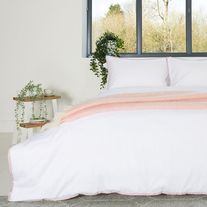 Sateen Border White/Pink Duvet Set