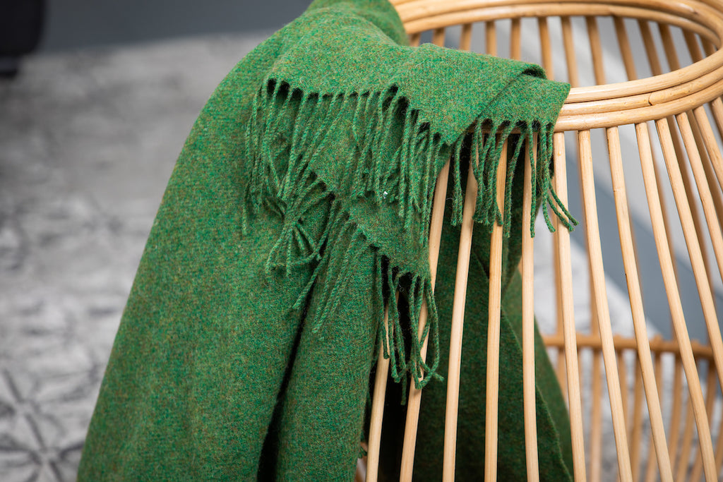 Leaf green Solid Throw
