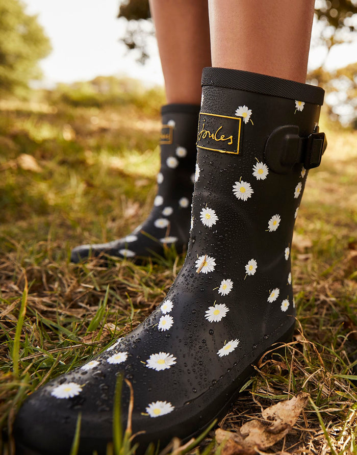 Joules Molly Mid Height Wellies - Black Daisy