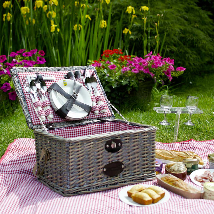 Sully Picnic Basket for 4
