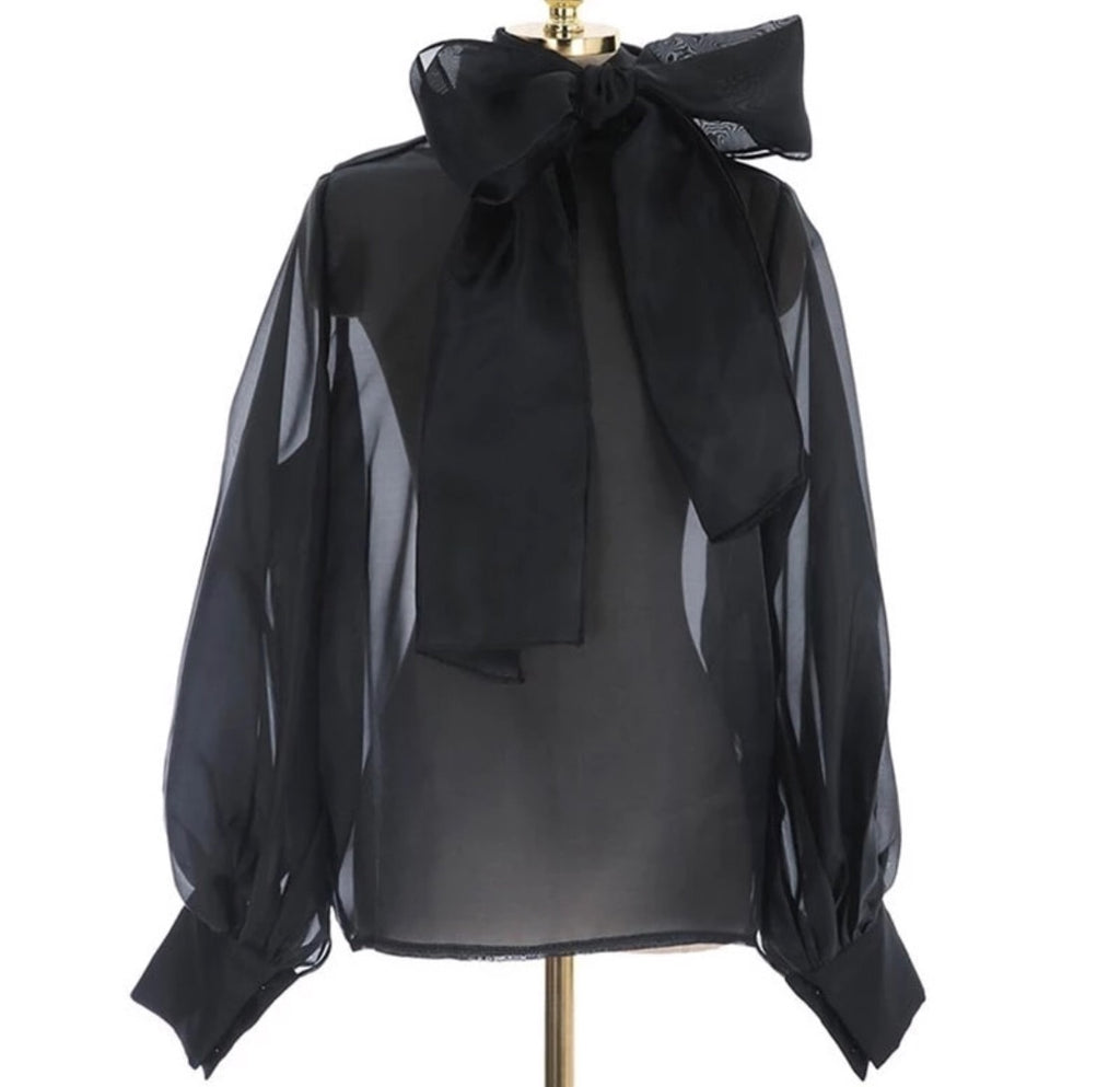 LIANA BLACK BOW TOP
