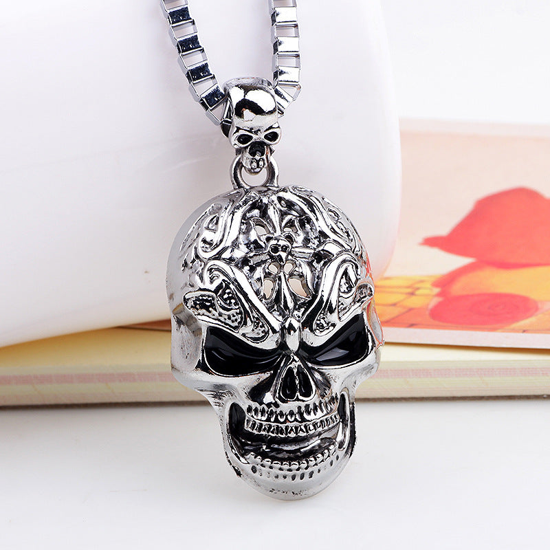 Hip hop necklace skull