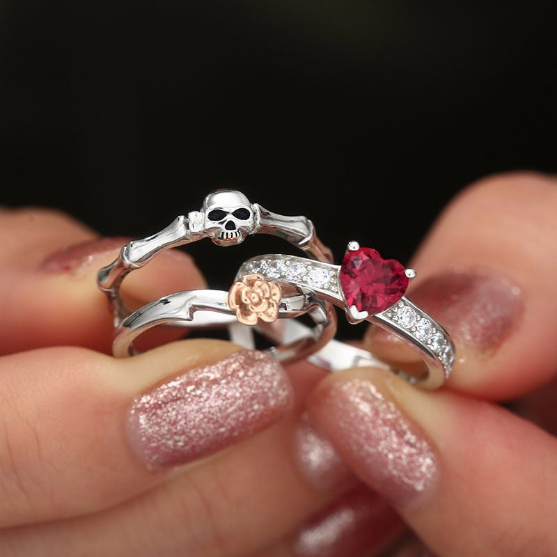 Gothic Skull Silver female wedding rings set