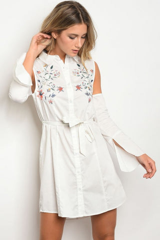 b31acdb9771574 WHITE EMBROIDERED COLD SHOULDER DRESS. Etiquelleshop