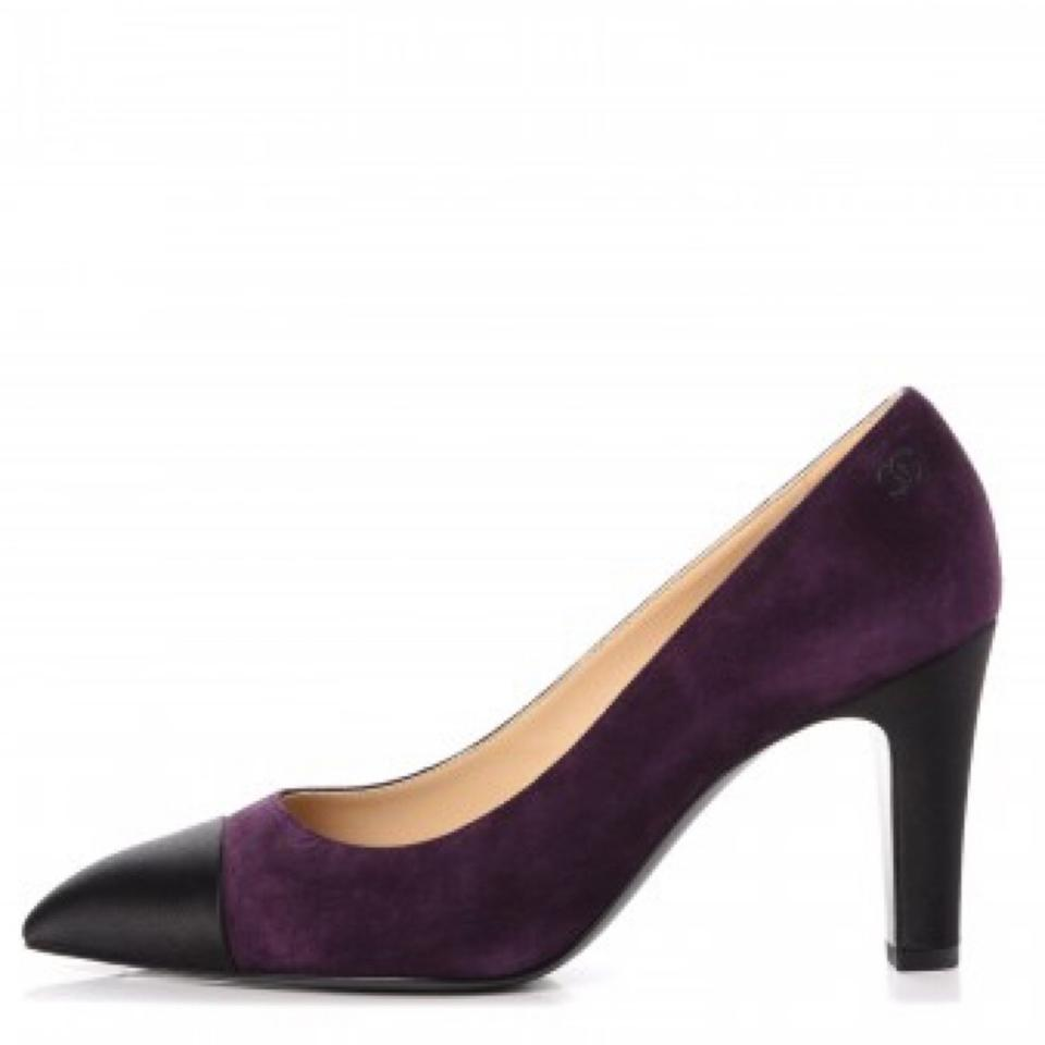 Chanel | Dark Purple/Black Classic Cap Pumps