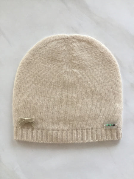 pure classic cashmere baby hat with leather bow