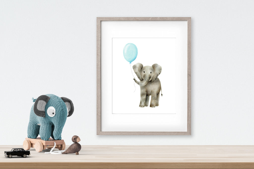 Baby Elephant with Round Balloon - Studio Q - Art by Nicky Quartermaine Scott
