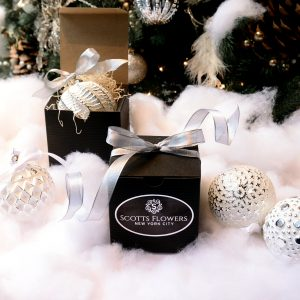 2016 Holiday Gifts at Scotts Flowers NYC gift box holiday christmas shop glass ornament party favor