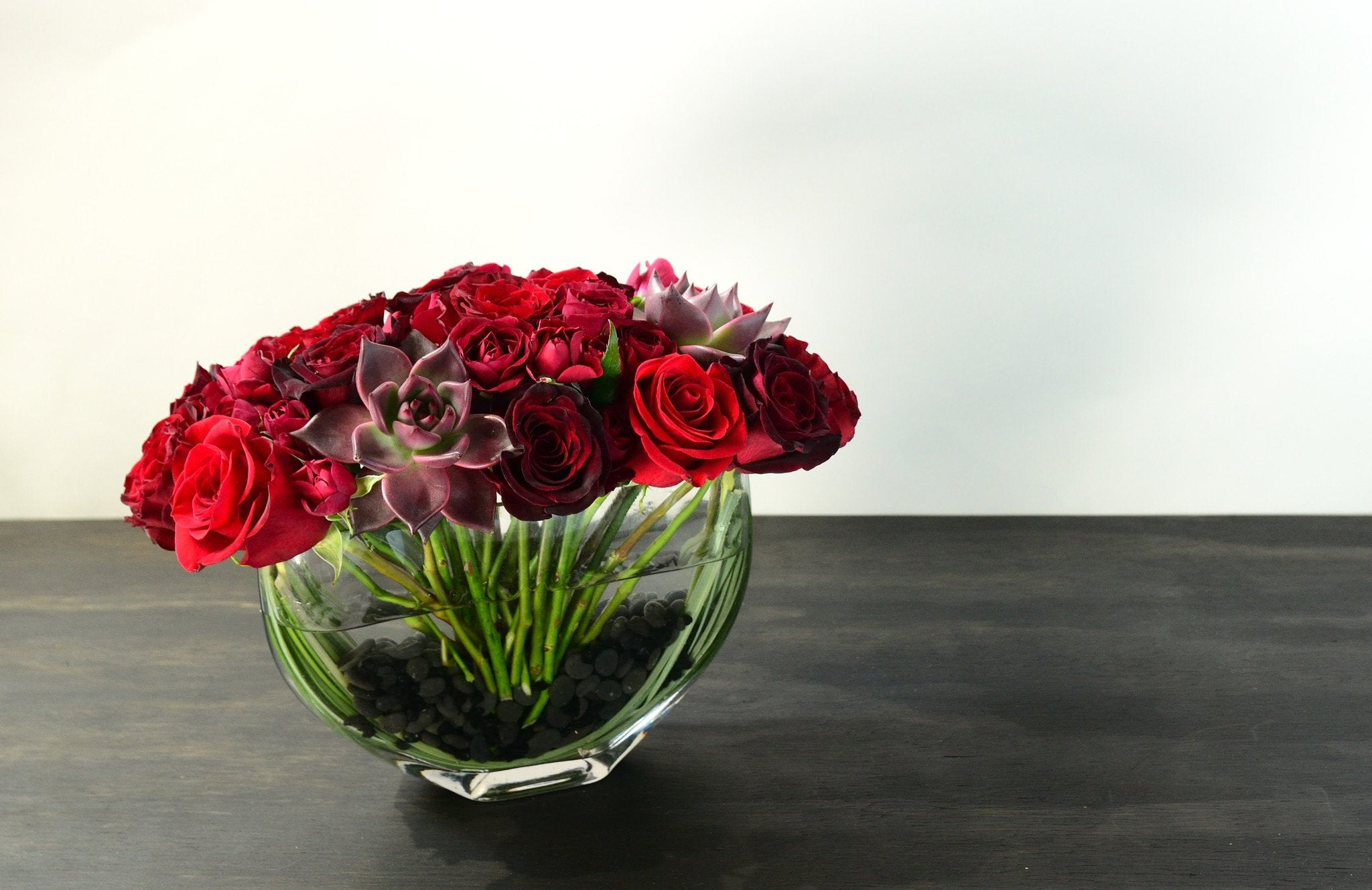 deep passion red roses nyc-slide