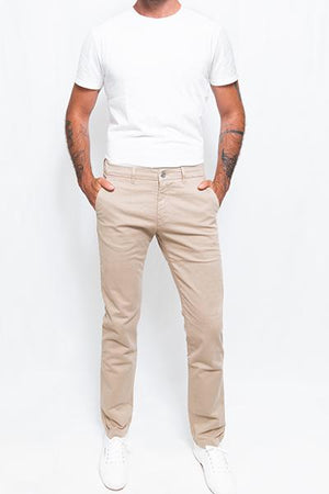 Washed Chino Regular Sahara - smitzy