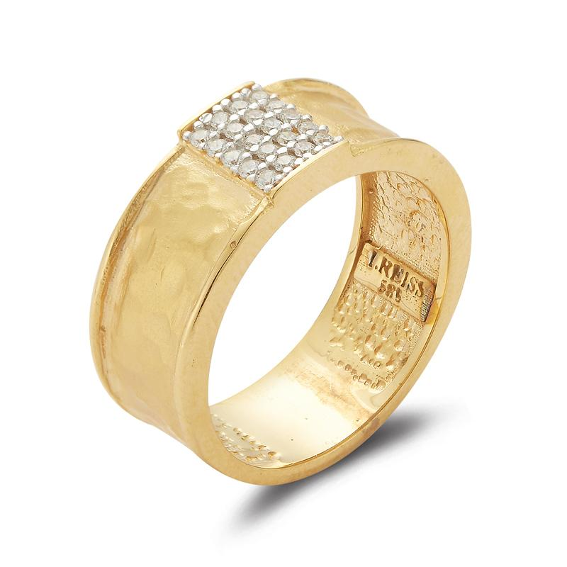 Yellow Gold Ring with Rectangular Diamond Center