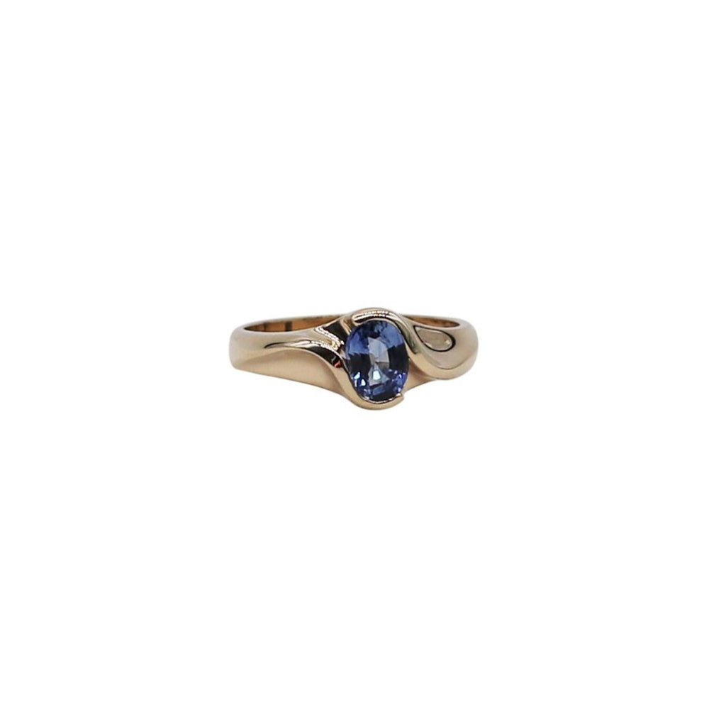Bright Oval Sapphire Yellow Gold Ring - Silverscape Designs
