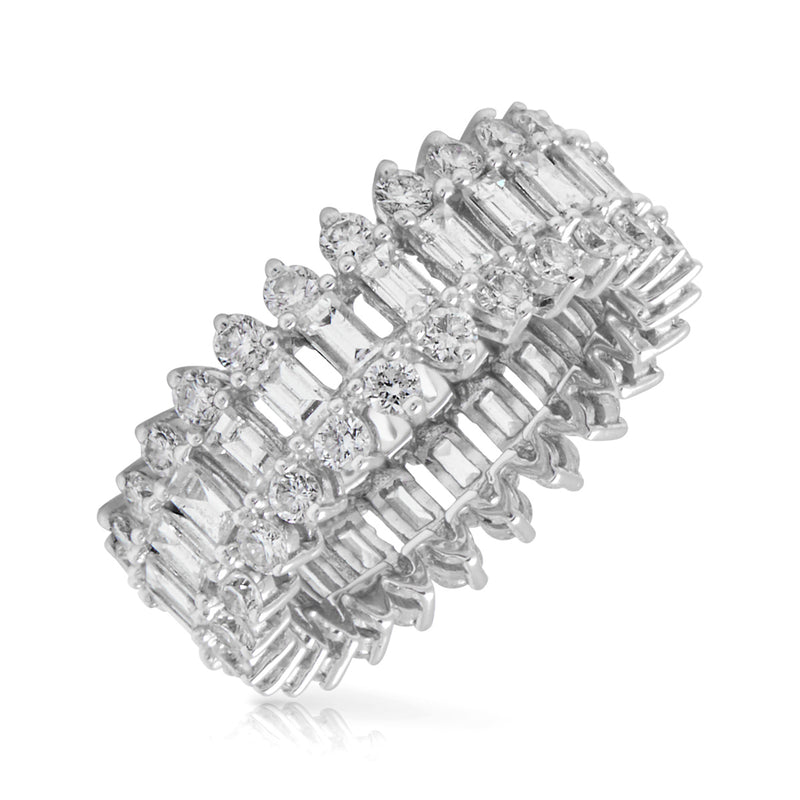 14KT White Gold Baguette Diamond Luxe Queen Ring