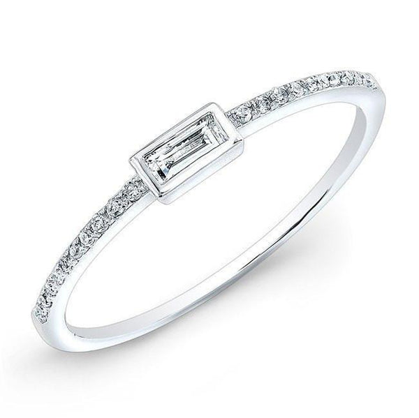 14KT White Gold Diamond Baguette Ring