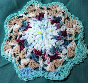 Scalloped Round Potholder