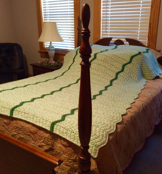 Queen Sized Afghan Green Zig-Zag