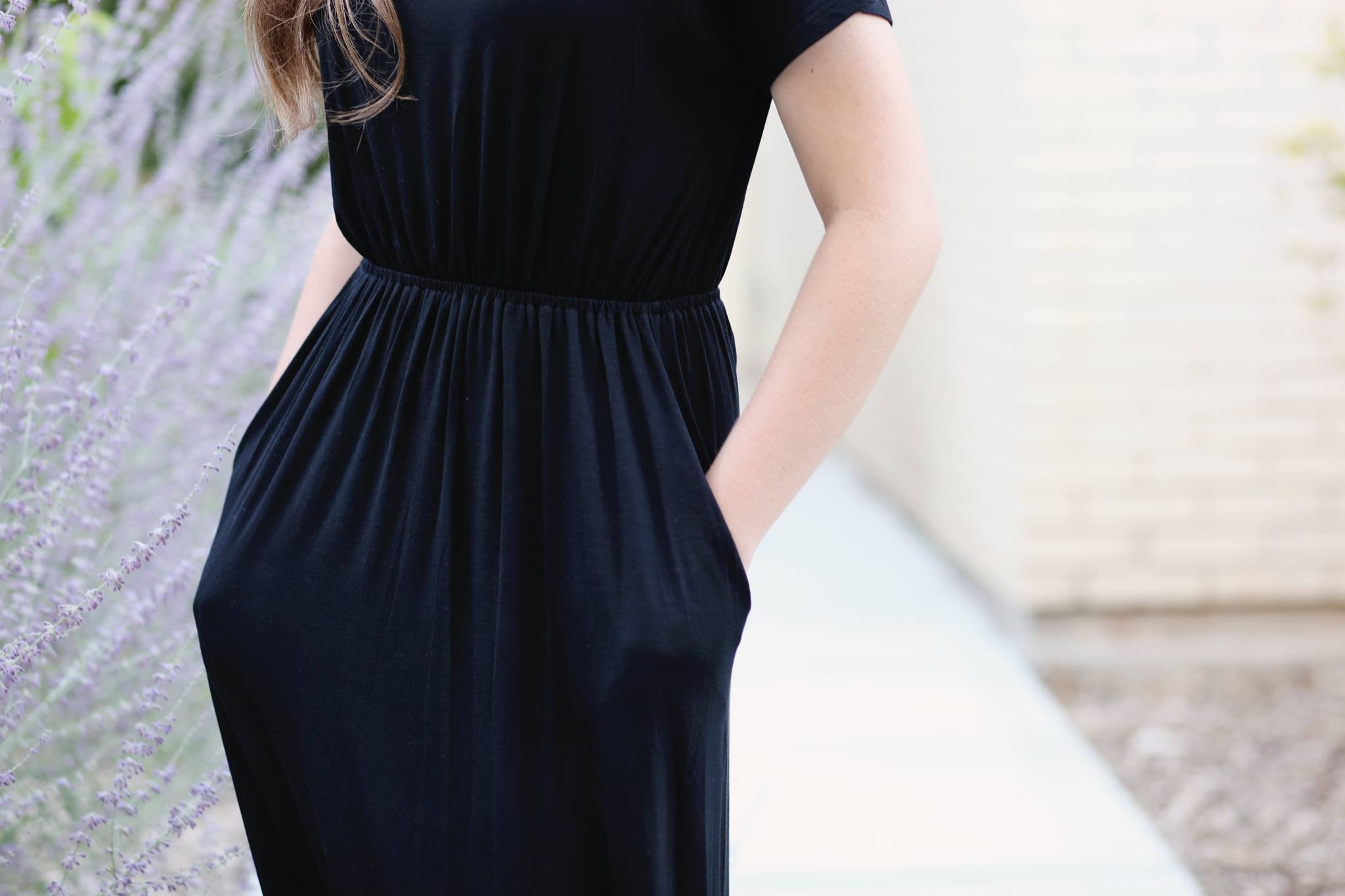 Savvy dress with pockets-Black