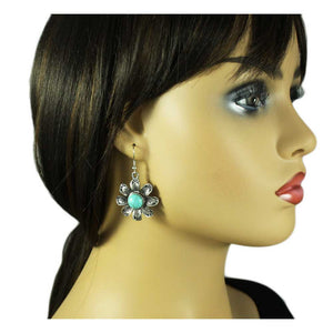 Model with Antique Silver-tone Turquoise Flower Dangling Pierced Earring - Lilylin Designs