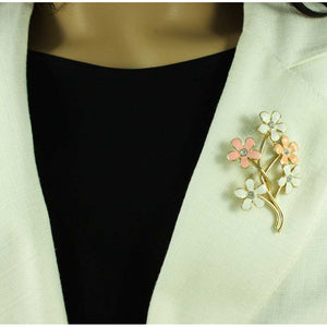 Model with Peach and White Enamel Bunches of Daisies Brooch Pin - Lilylin Designs