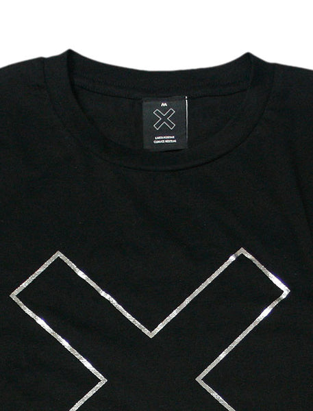 FOIL OUTLINE X BLACK T-SHIRT