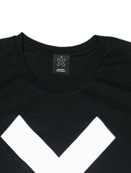 WHITE X LONGSLEEVE BLACK T-SHIRT