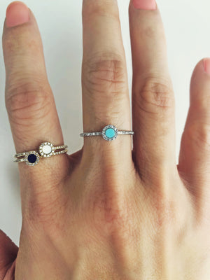 Diamond and Turquoise Disc Ring White Gold