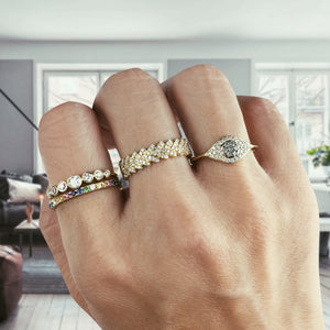 Graduated Seven Diamond Bezel Ring Yellow Gold