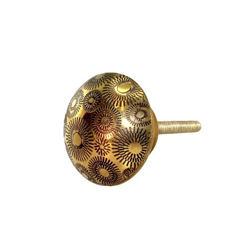 "VINES BRASS KNOB 1.5""D x 1"" +screw (1)"