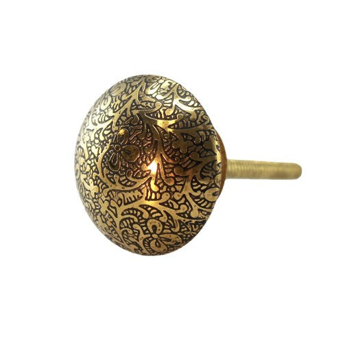 "VINES BRASS KNOB 1.5""D x 1"" +screw (8)"
