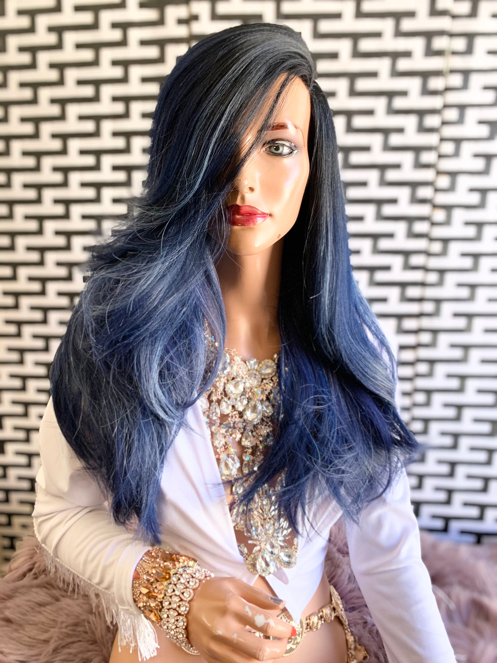 BLUE BEAUTY lace front wig 1119