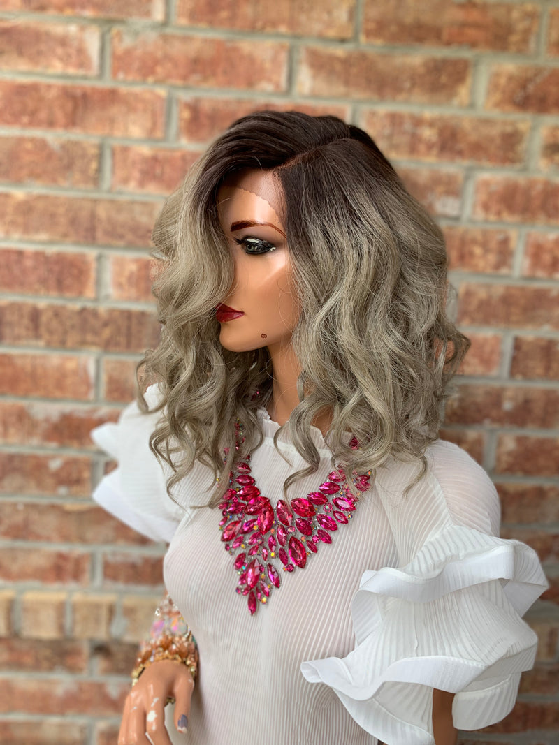 Gray Ombre' Wavy Hair Wig | Throne 0419