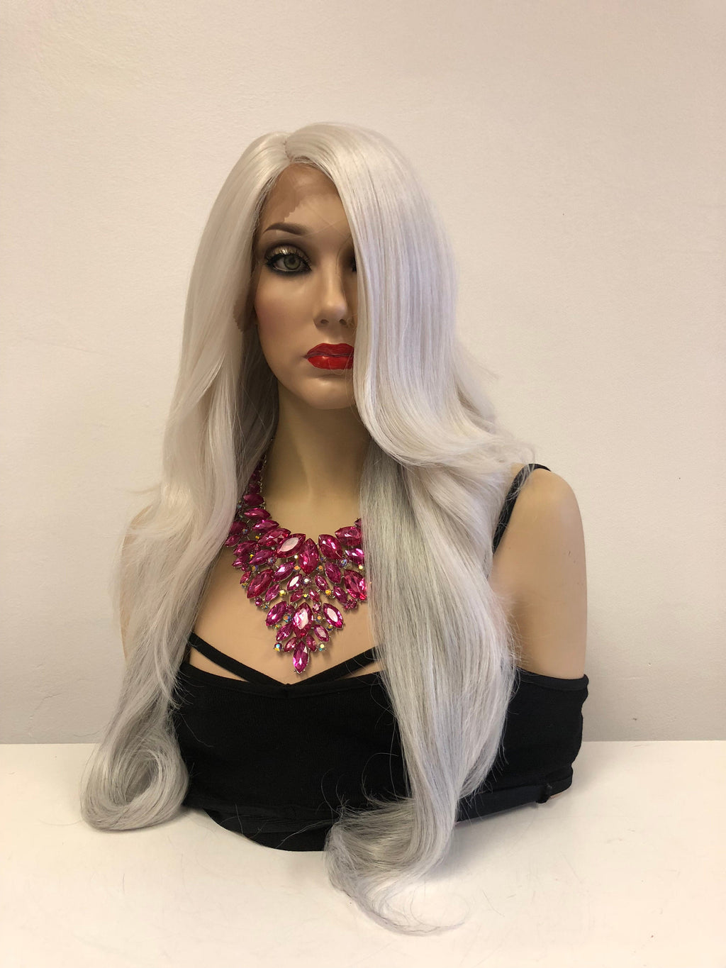 "Silver Gray Lace front Wig 24"" e28 