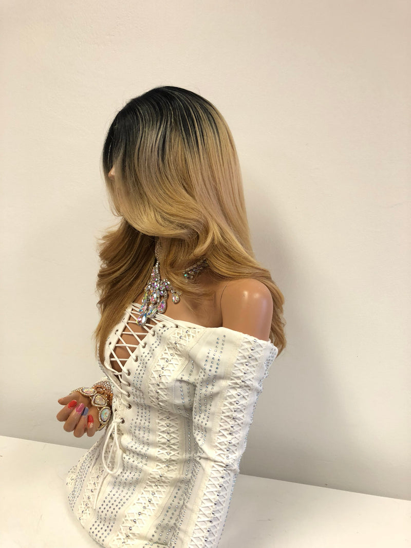 Blond Ombre Highlights Front Lace Wig 14"
