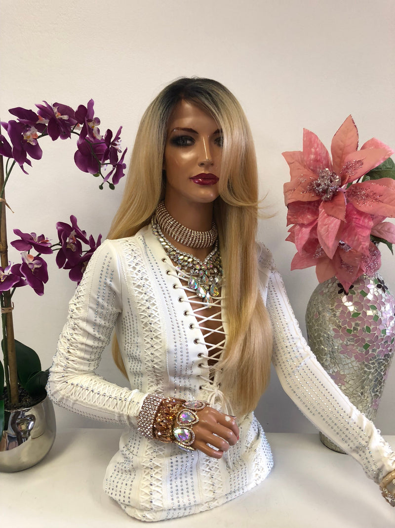 Blond Ombre Highlights Swiss Lace Front Wig 22 Inches | Multi Parting | Volume Layered Hair | Jhene 1018