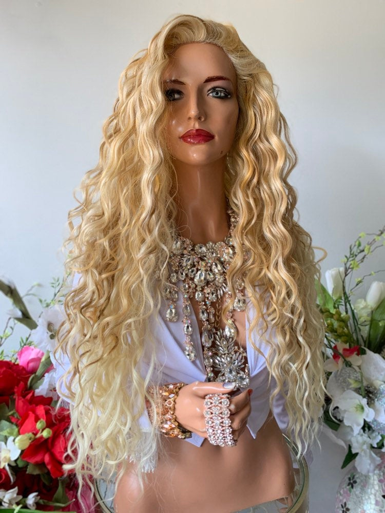 "SICILIANO BLOND BALAYAGE Hair Lace Wig 26""  Luxurious Light and Dark Blond Layered Wavy Hair 1019 37"
