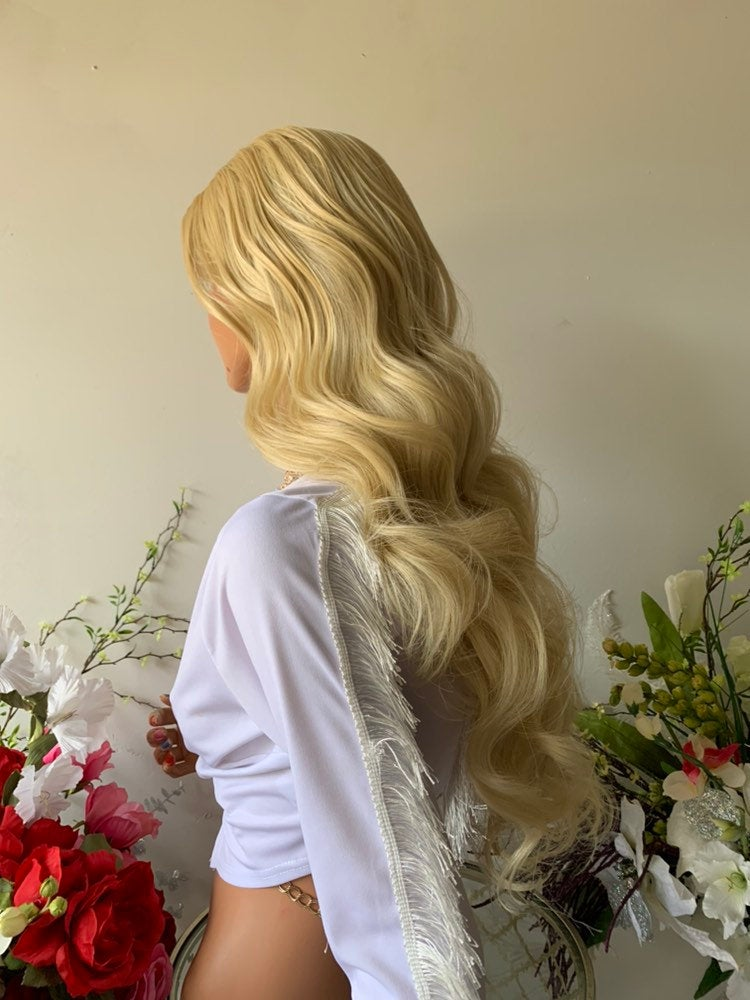 "GARDEN EDEN BLOND + Some Brown Root Hair Lace Wig 22""  Luxurious Light Blond Layered Curly Hair 1019 40"