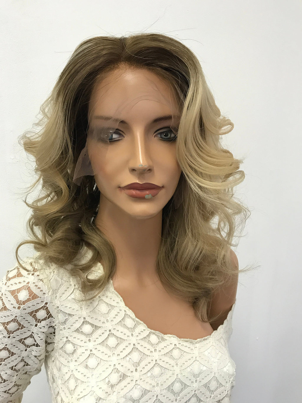 HUMAN HAIR Full lace Wig, Balayage blonde with root, Loose Curl hair, Made with Virgin hair