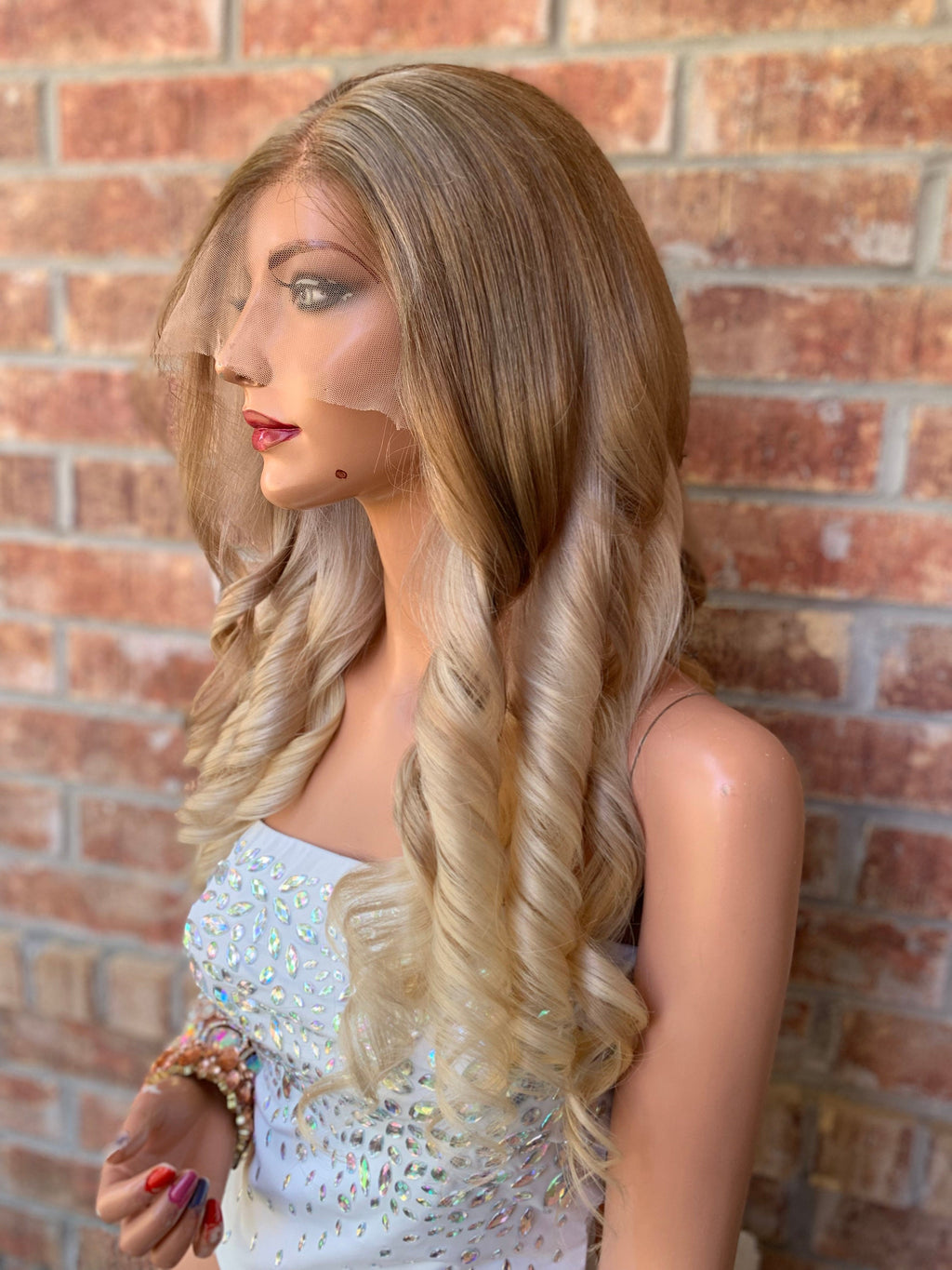 Full lace Wig, Balayage blonde with Natural Color Melt Loose Curl hair, Made with Virgin hair 18 Inches long